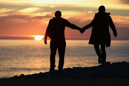 El asedio al noviazgo y al matrimonio